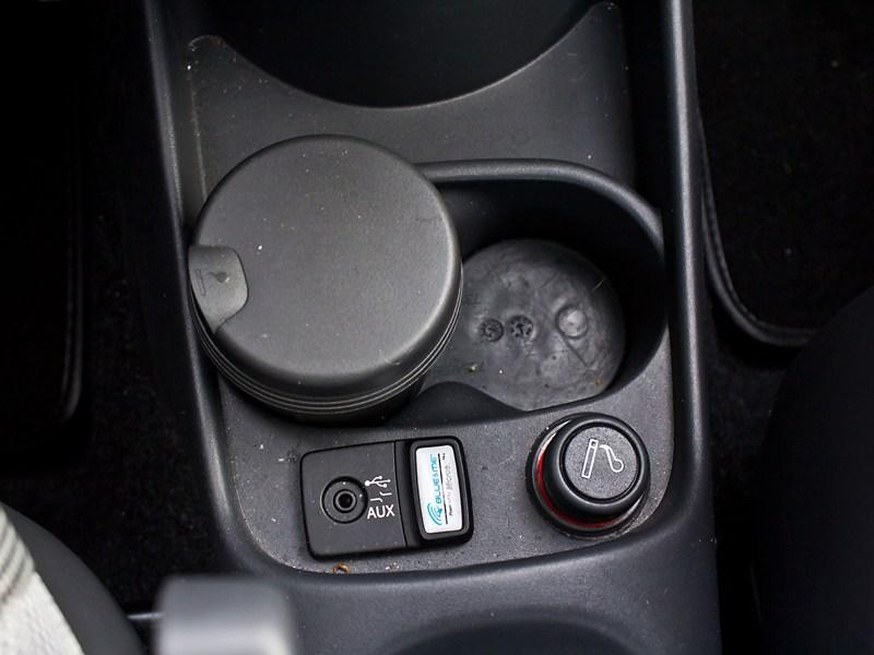 Fiat 500 2008 подстаканник