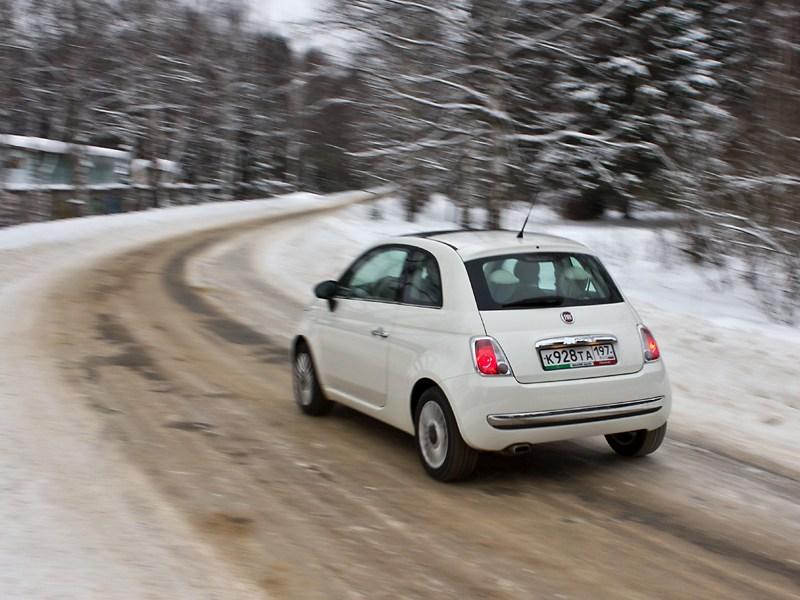 Fiat 500 2008 вид сзади
