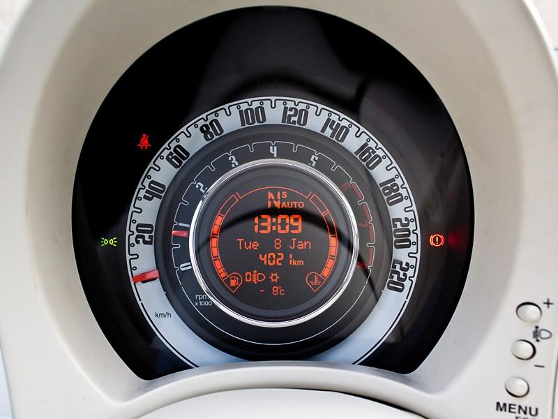 Fiat 500 2008 спидометр