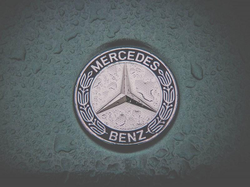 В октябре российские продажи Daimler AG сократились на 12,2 процента