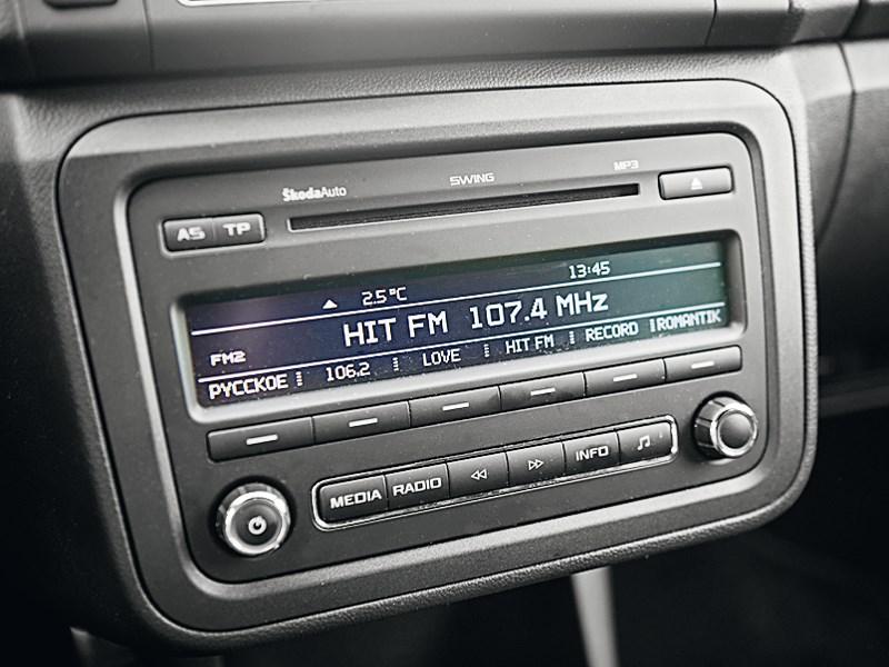 Skoda Fabia RS 2011 магнитола