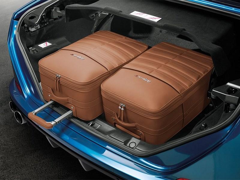 Ferrari California 2014 багажное отделение