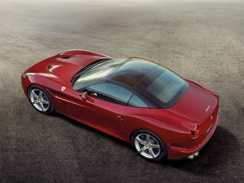 Ferrari California 2014 вид сбоку сверху