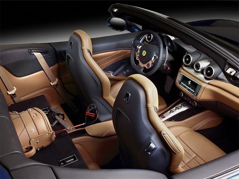 Ferrari California 2014 интерьер фото 2