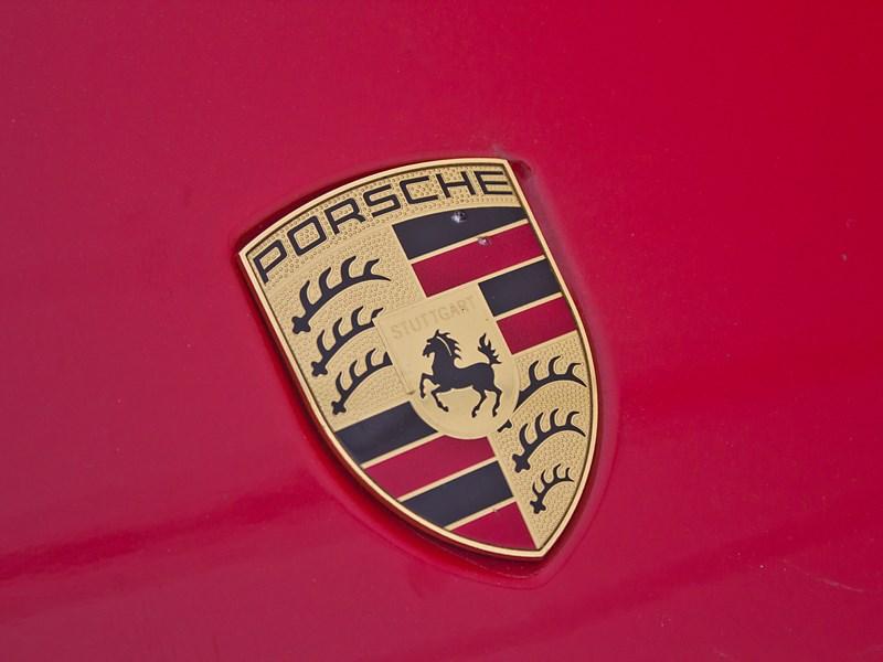 Новый Porsche 911 Turbo - Битва продолжается