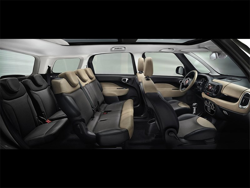 Fiat 500L Living 2014 салон