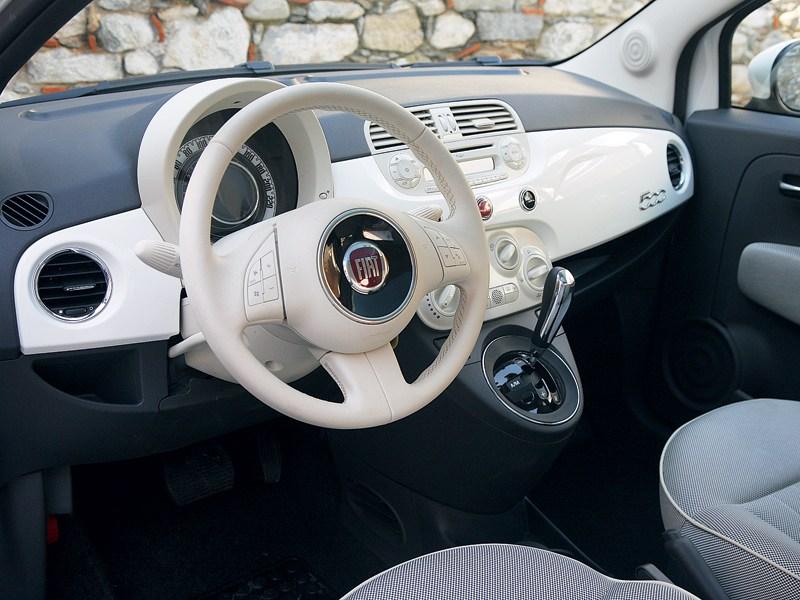 Fiat 500 2011 водительское место