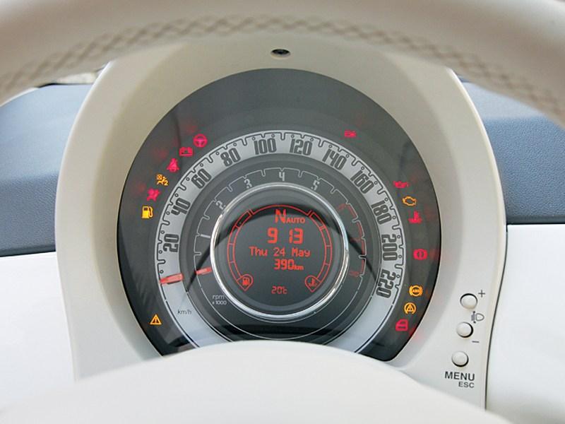 Fiat 500 2011 спидометр