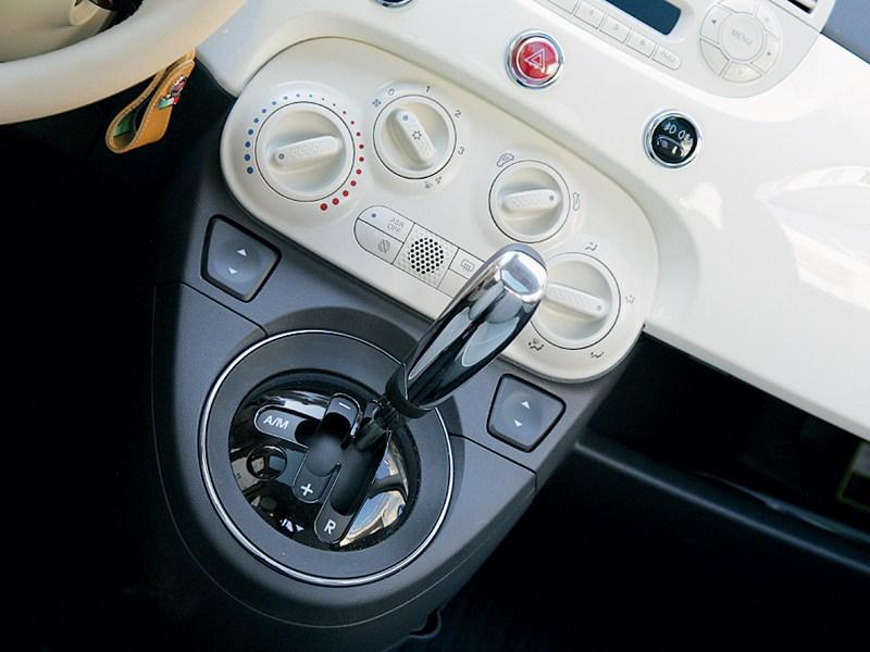 Fiat 500 2011 салон