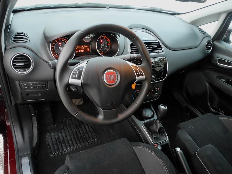 Fiat Punto 2012 водительское место