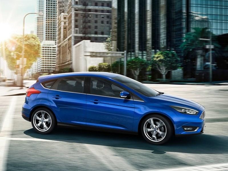Ford Focus 2014 вид сбоку