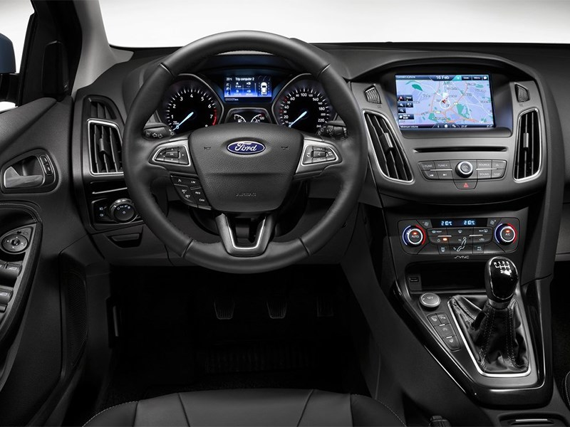 Ford Focus 2014 водительское место