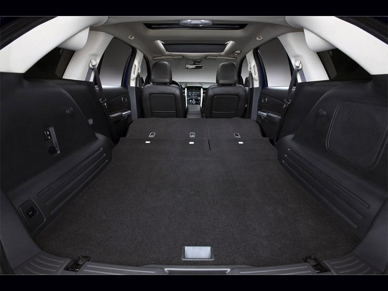 Ford Edge 2014 багажное отделение