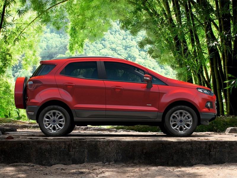Новый Ford EcoSport - Ford EcoSport 2013 вид сбоку