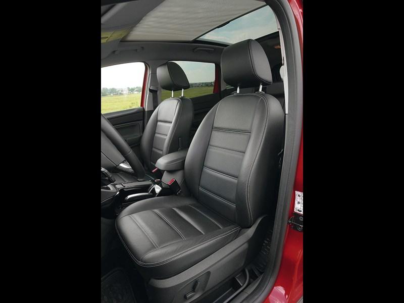 Ford Kuga 2008 передние кресла