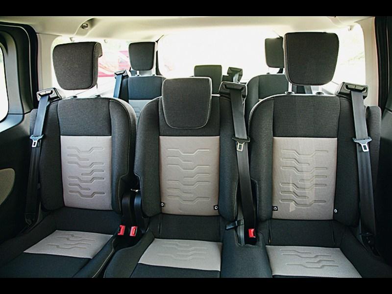 Ford Transit Custom 2012 задние кресла