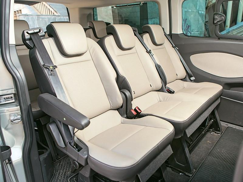 Ford Tourneo Custom 2013 задние кресла