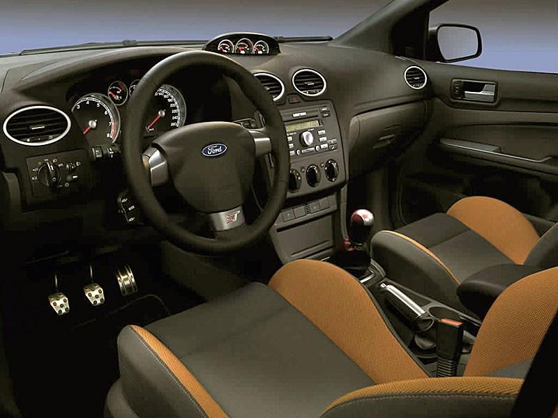 Ford Focus ST 2008 интерьер