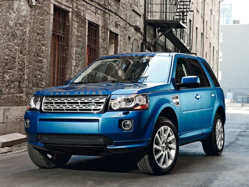 Land Rover Freelander 2 2013 вид спереди