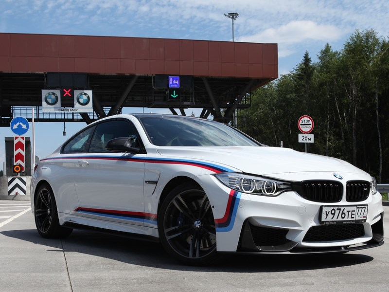 Водители BMW снова должны будут платить за проезд по трассе М11