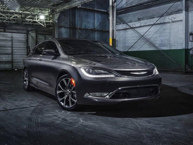Chrysler завершил серийное производство «200-ого» седана