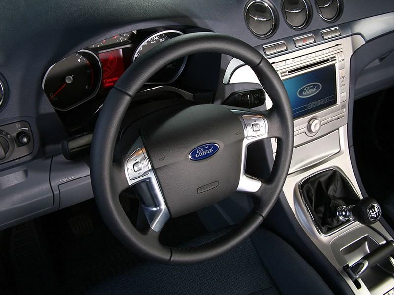 Ford Galaxy 2006 приборы и органы управления