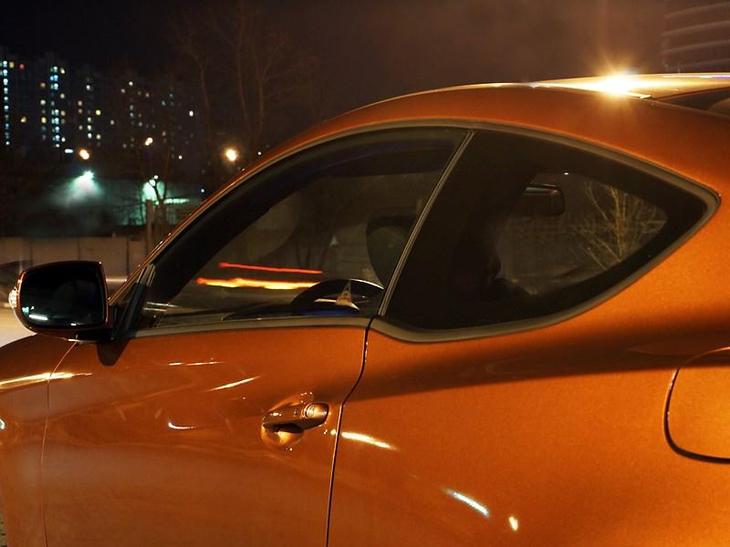 Hyundai Genesis Coupe 2012 вид сбоку