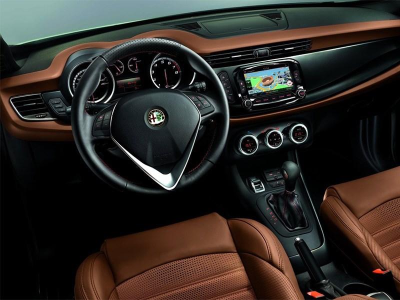 Alfa Romeo Giulietta 2014 водительское место