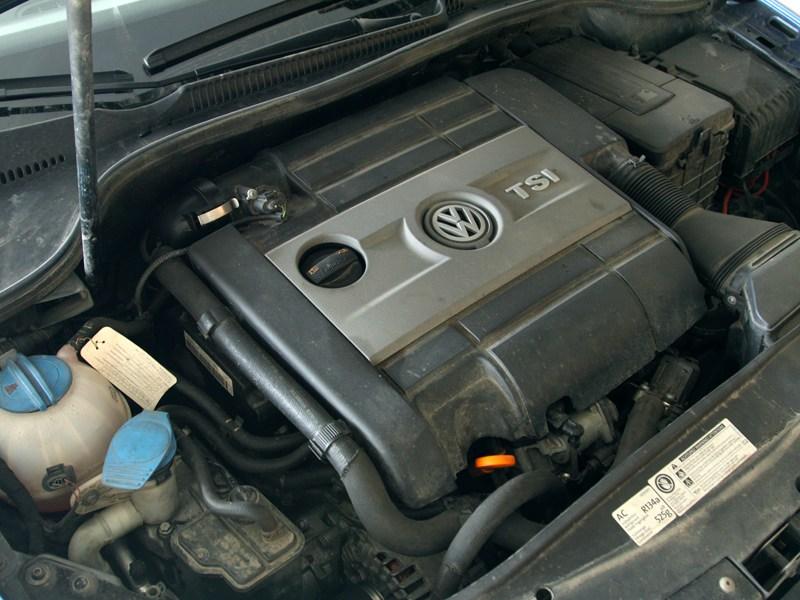 Volkswagen Golf R 2009 двигатель