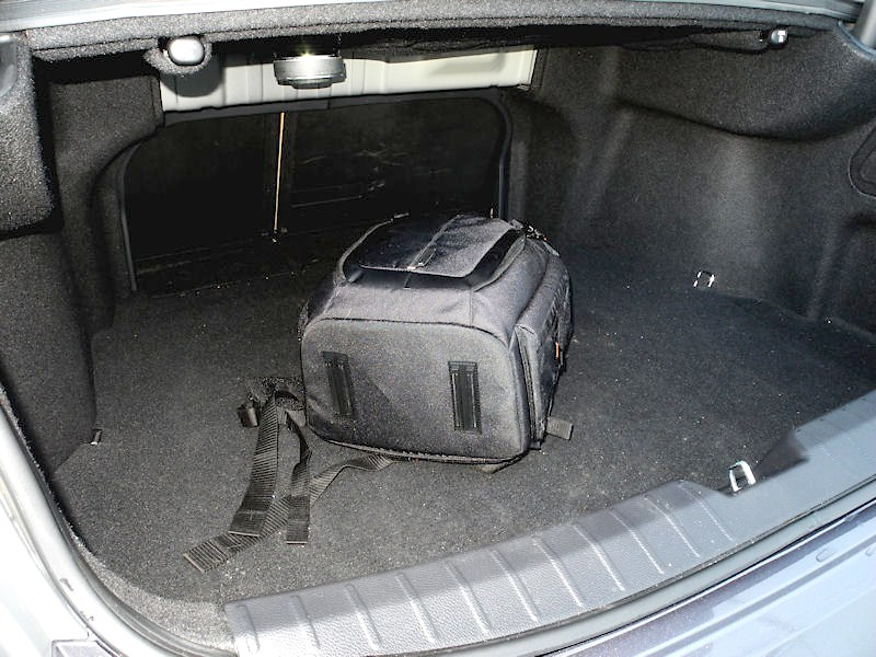 Hyundai Grandeur 2012 багажник