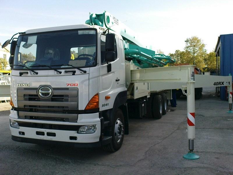 HINO FS 700