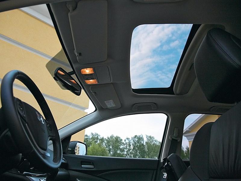 Honda CR-V 2013 люк в крыше