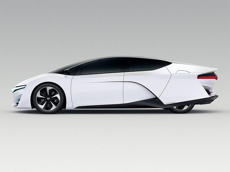Honda FCEV 2013 вид сбоку фото 4
