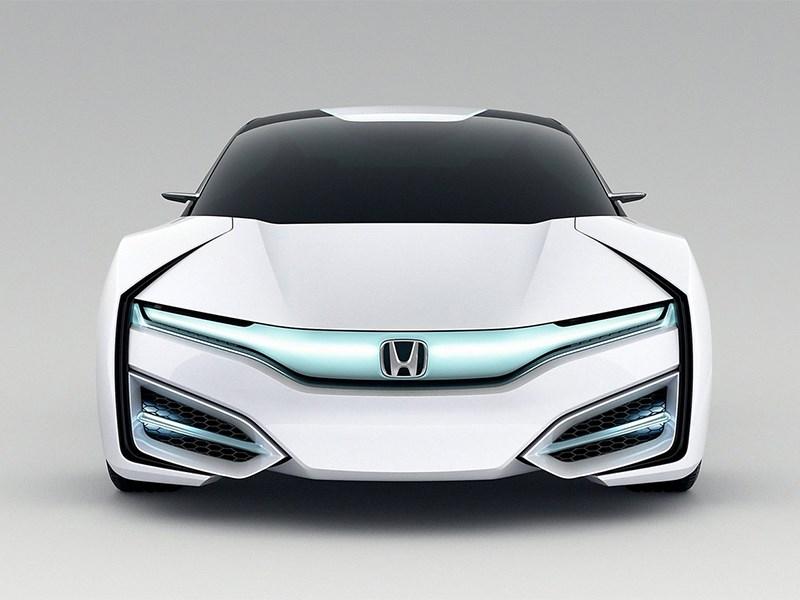 Honda FCEV 2013 вид спереди фото 5