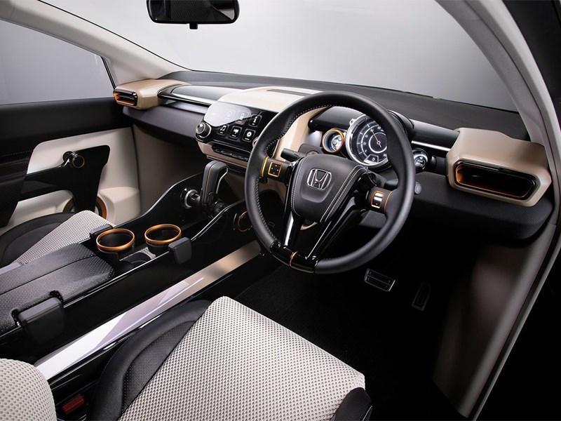 Honda Vision XS-1 2014 салон