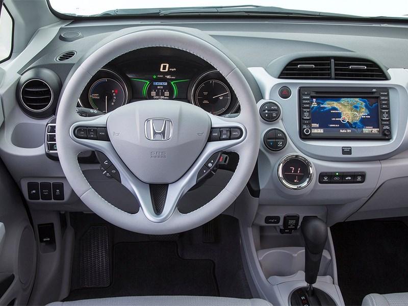 Honda Fit EV 2013 водительское место