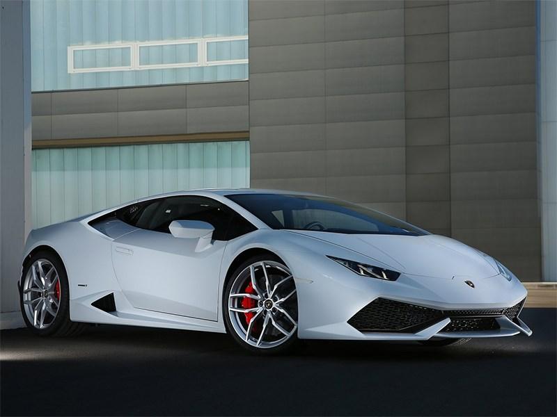 Lamborghini Huracan LP 610-4 2014 вид спереди сбоку