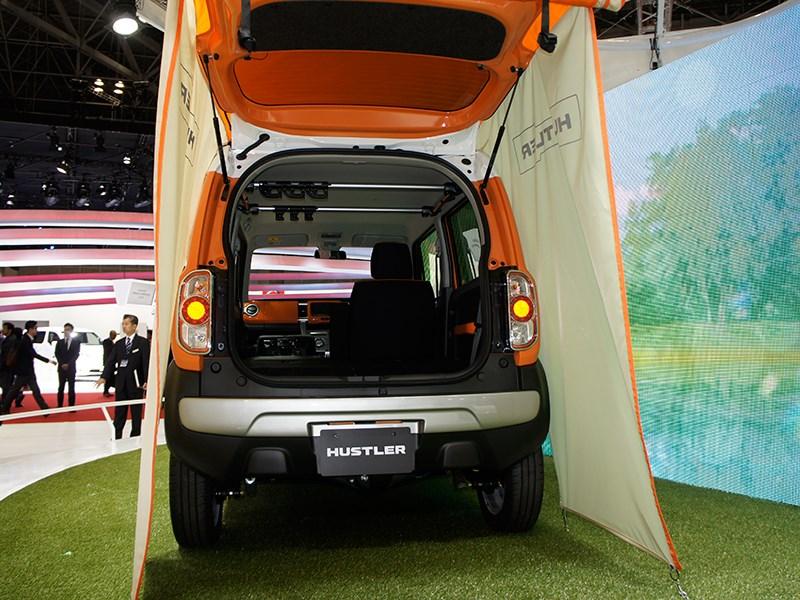Suzuki Hustler concept 2013 вид сзади