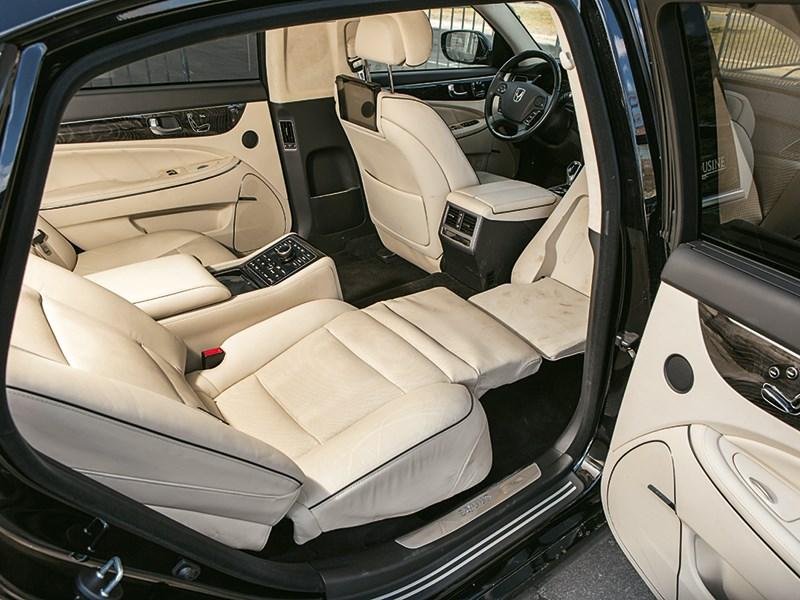 Hyundai Equus Limousine 2013 интерьер фото 5