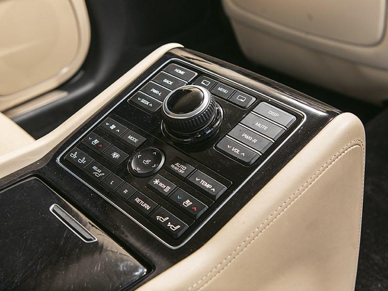 Hyundai Equus Limousine 2013 интерьер фото 6