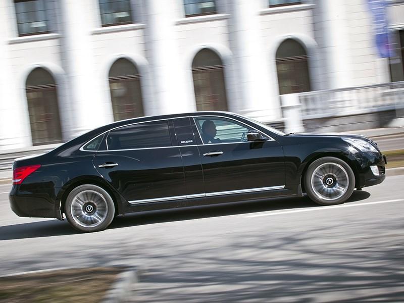 Hyundai Equus Limousine 2013 вид сбоку