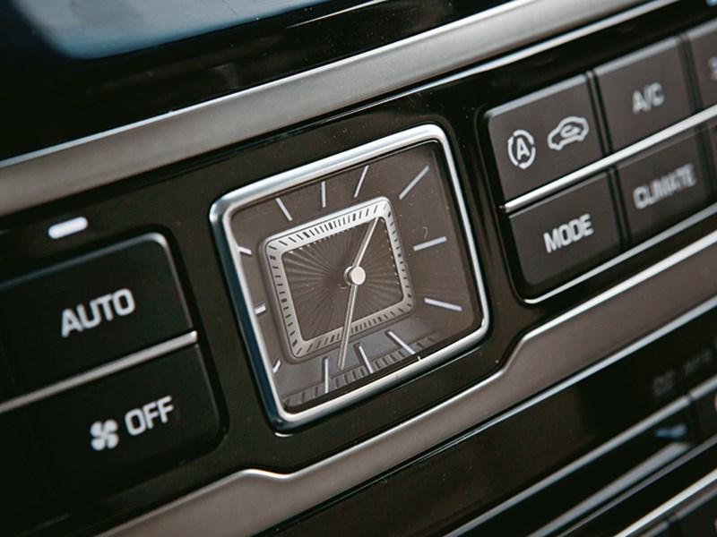 Hyundai Equus Limousine 2013 интерьер фото 1