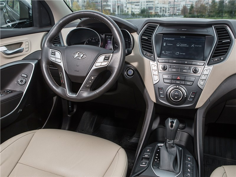 Hyundai Grand Santa Fe 2016 салон