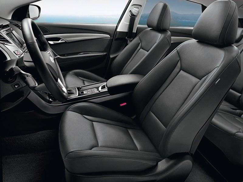 Hyundai i40 2012 передние кресла