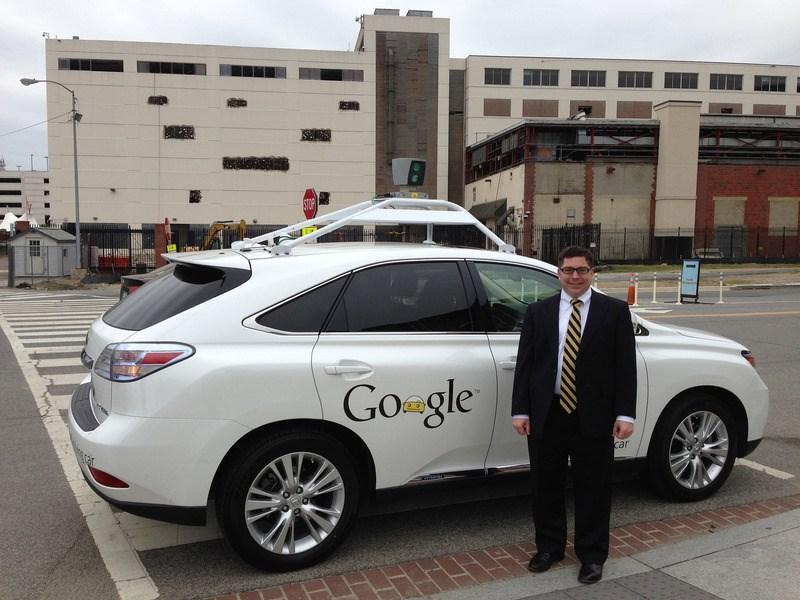 Google создает самостоятельное подразделение для разработки беспилотных автомобилей