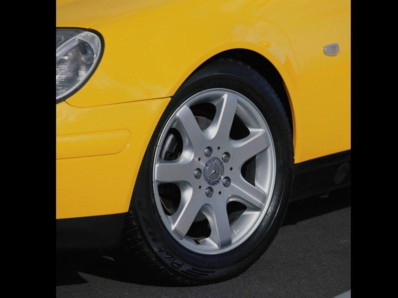 Колесный диск родстера Mercedes-Benz SLK