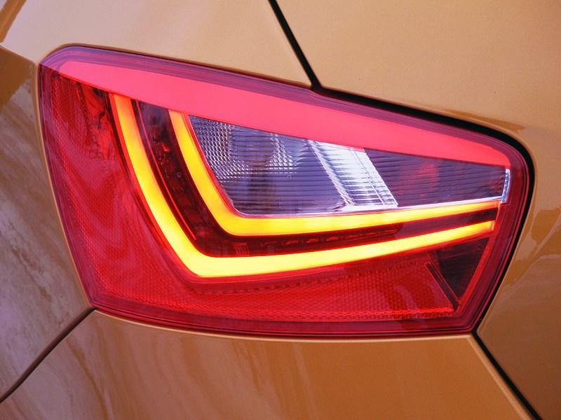 Seat Ibiza 2012 задний фонарь