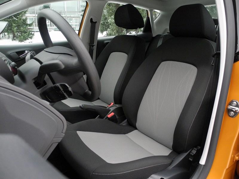 Seat Ibiza 2012 передние кресла