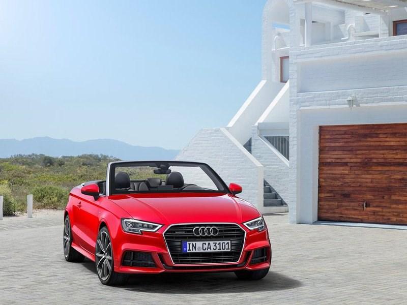 Audi начала продажи обновленного кабриолета A3 в России