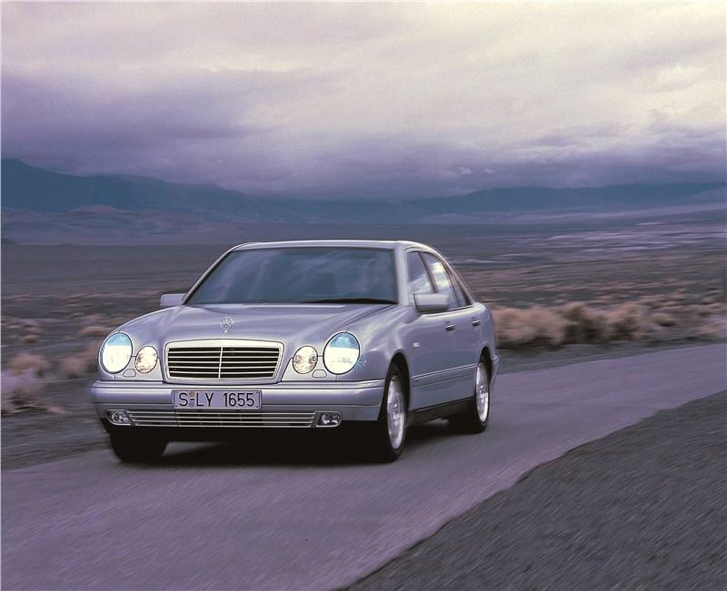Mercedes-Benz E-Class W211_S211